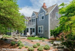 7 Coffin Street, Nantucket, MA 02554|Town | sold