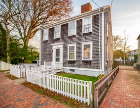 14 Union Street, Nantucket, MA, USA|Town | sale