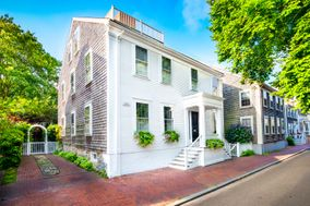 25 India Street, Nantucket, MA, USA|Town | sale