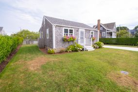 3 Swain Street, Nantucket, MA, USA|Brant Point | sale