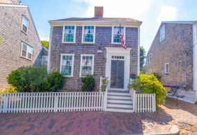 49 Orange Street, Nantucket, MA, USA|Town | sale