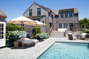 2 Old Mill Court, Nantucket, MA 02554 Town   sold