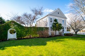 50 Goldfinch Drive, Nantucket, MA, USA|Naushop | sale