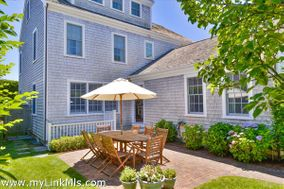 15 Williams Street, Nantucket, MA 02554|Town | sold