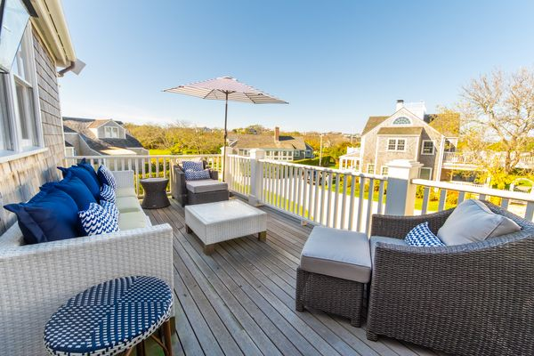 10 Brant Point Road | Image #3