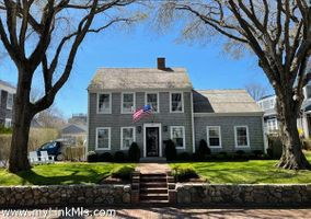 130 Main Street|Town | contract