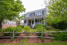 19 Derrymore Road, Nantucket, MA, USA|Cliff | sale