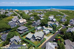 2 Cabot Lane, Nantucket, MA 02554|Cliff | sold