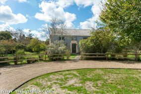 5 Wood Hollow Road|Tom Nevers | sale