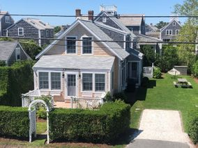 11 East Lincoln Avenue|Brant Point | rent